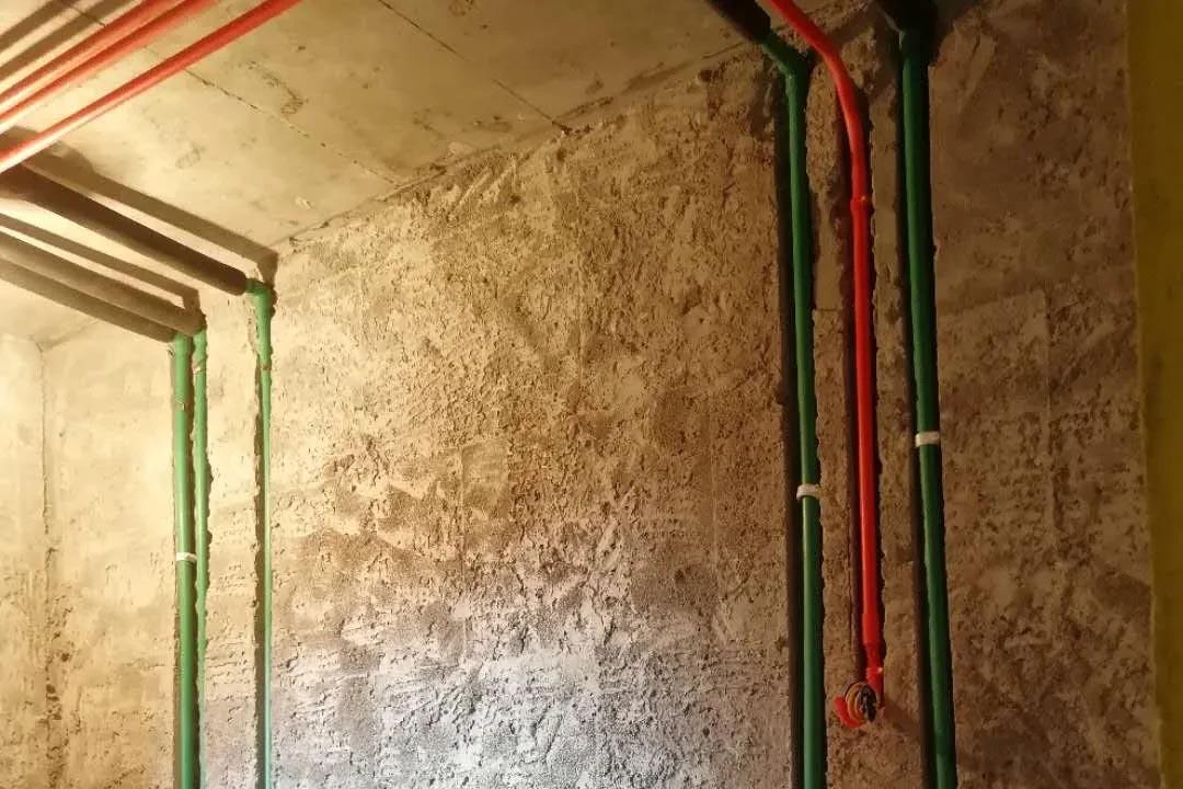 中铁骑士府邸, 水电改造施工中