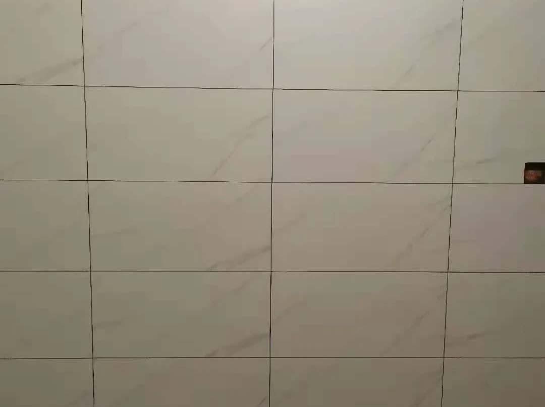 成都装修工地卓锦城五期,厨卫墙地砖施工现场