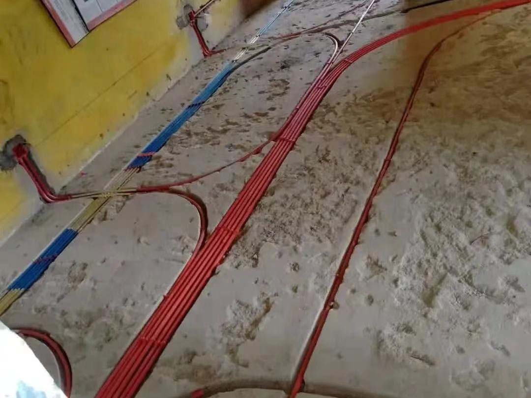 成都装修工地帕丽湾,水电改造施工完毕