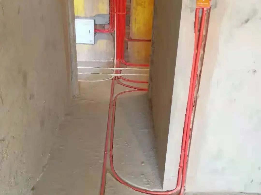成都装修工地名著司南,水电改造施工完毕